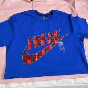 Small Nike Freak Coming to America T-Shirt  CW4757